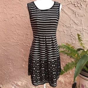 Max Studio Striped Sleeveless Pleated Dress